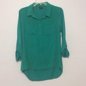 Blue-green colored, 3 quarter length sleeve shirt